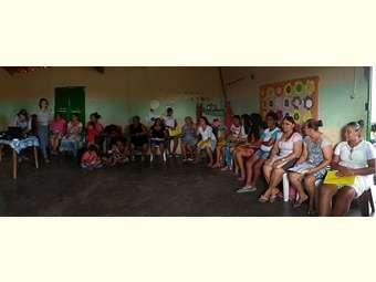 Mulheres de Penedo, interior de Canudos, participam de formação de gênero