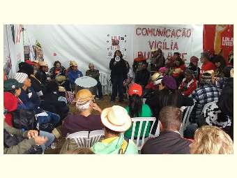 Caravana contra a Fome atravessa o país e chega à Vigília Lula Livre