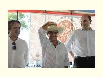 Só reforma política pode tirar força da bancada ruralista, diz Gilberto Carvalho
