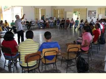 Equipes do Projeto de Assessoria técnica do Irpaa se reúnem para formação continuada