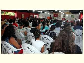 Acolhimento, entusiasmo, fé e mobilização marcam a passagem da Caravana Semiárido Contra a Fome em Feira de Santana/BA