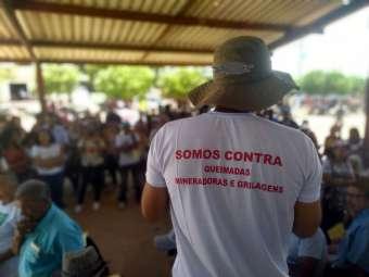 Ato em solidariedade reúne centenas de pessoas em Angico dos Dias