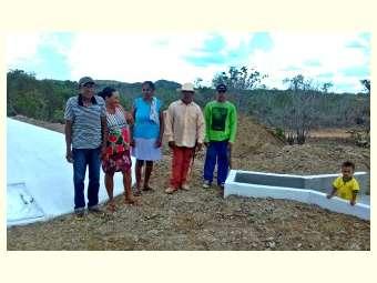 União de famílias em Uauá possibilita construção de cisterna de produção