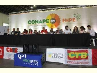 Conferência Nacional de Educação divulga carta em defesa da democracia