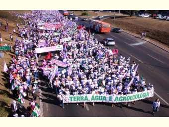 Margaridas seguem em marcha por acesso à terra, direito á água e em defesa da agroecologia
