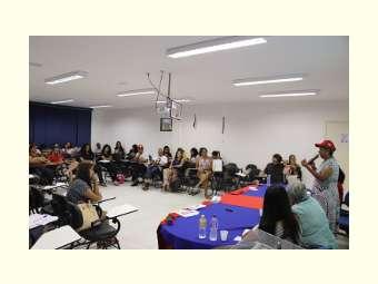 Curso de Pedagogia debate despejo do Acampamento Abril Vermelho