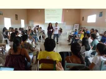 Equipe do Irpaa discute relações de gênero em Dia de Estudo