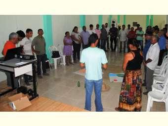 Campo Formoso debate  política de acesso e gestão de água