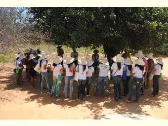 Educadores/as de Pintadas visitam Irpaa para discutir educação contextualizada em escolas do campo