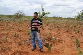 """""""A gente tem que ter uma terra suficiente para trabalhar"""", diz agricultor de Curaçá – BA"""