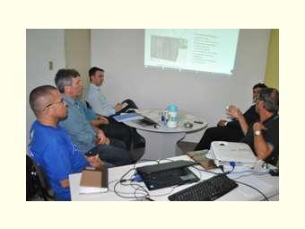 Governo de Santa Catarina visita Irpaa para conhecer modelos de cisternas