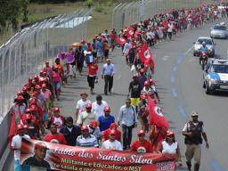 Cinco mil Sem Terra chegam a Salvador para pressionar por Reforma Agrária