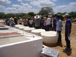 Participantes da Escola de Formação do Irpaa visitam  Embrapa Semiárido