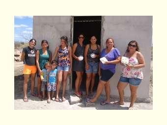 Em Curaçá, mulheres investem no beneficiamento da mandioca