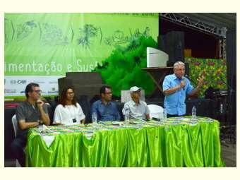 Mesa debate perdas sociais pós-golpe 2016 durante o 10º Festival do Umbu