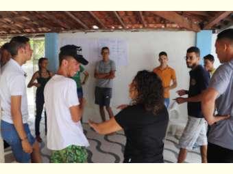 Jovens de Uauá debatem organização comunitária e comunicação para suas comunidades