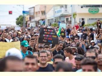Reportagem Especial  denuncia ameaças às comunidades de Fecho Pasto