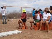 Curso de construção de galinheiro no interior de Sobradinho