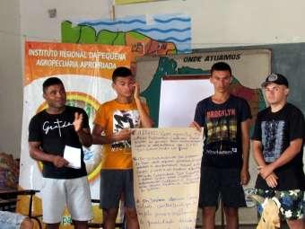 Desafios e perspectivas da juventude são temas debatidos na 27ª Escola de Formação para a Convivência com o Semiárido