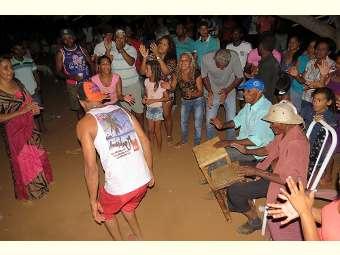 Comunidades do Salitre mantém viva tradição do samba de véio