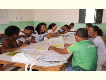 Escolas Famílias Agrícola de Itiúba, Monte Santo e Valente aprofundam estudo sobre Clima e Água do Semiárido
