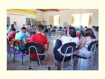 Representantes de escolas do Semiárido debatem educação contextualizada em Juazeiro