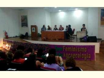 Ferramenta de emponderamento feminino é tema de debate em Recife