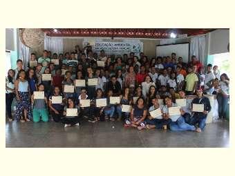 Conhecimento, orgulho e preparação para atuar em defesa da natureza: jovens de EFAs na Bahia, concluem curso de Educação Ambiental