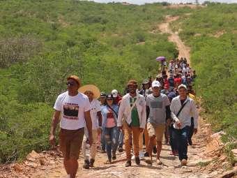 Juventude de comunidades Fundo de Pasto se inspira na luta popular de Canudos