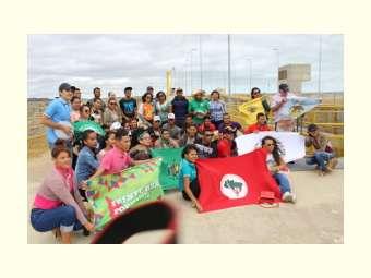 Jovens da Escola de Formação do Irpaa visitam a Barragem e a Escola Família Agrícola de Sobradinho