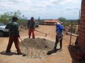 Comunidades de Canudos realizam mutirão para construção de Mini-Fábrica de Ração