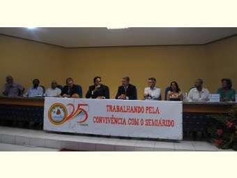 Juazeiro homenageia 25 anos de atuação do Irpaa e concede títulos de cidadania a integrantes da instituição
