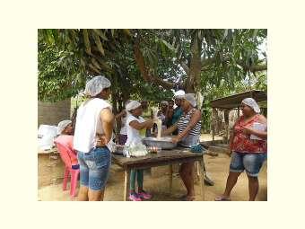 Derivados da Mandioca são produzidos pela Associação de Mulheres de Pascoal e Limoeiro