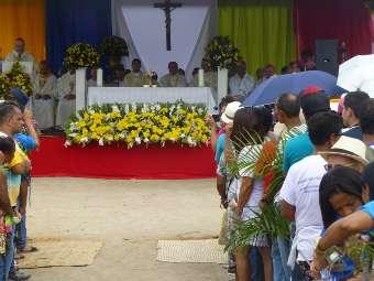 Jubileu da Diocese de Ruy Barbosa celebra também 25 anos de episcopado de Dom André
