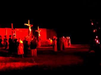 Caatinga é cenário da Paixão de Cristo no Povoado de Malhada da Areia