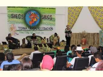 """Mesa de discussão do I SIECS tematiza """"A educação do campo no Semiárido Brasileiro"""""""